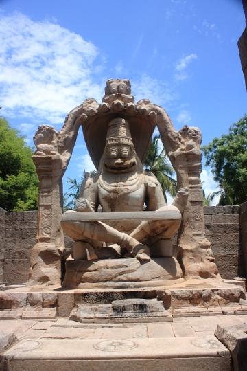 Lakshmi Narasimha statue Hampi